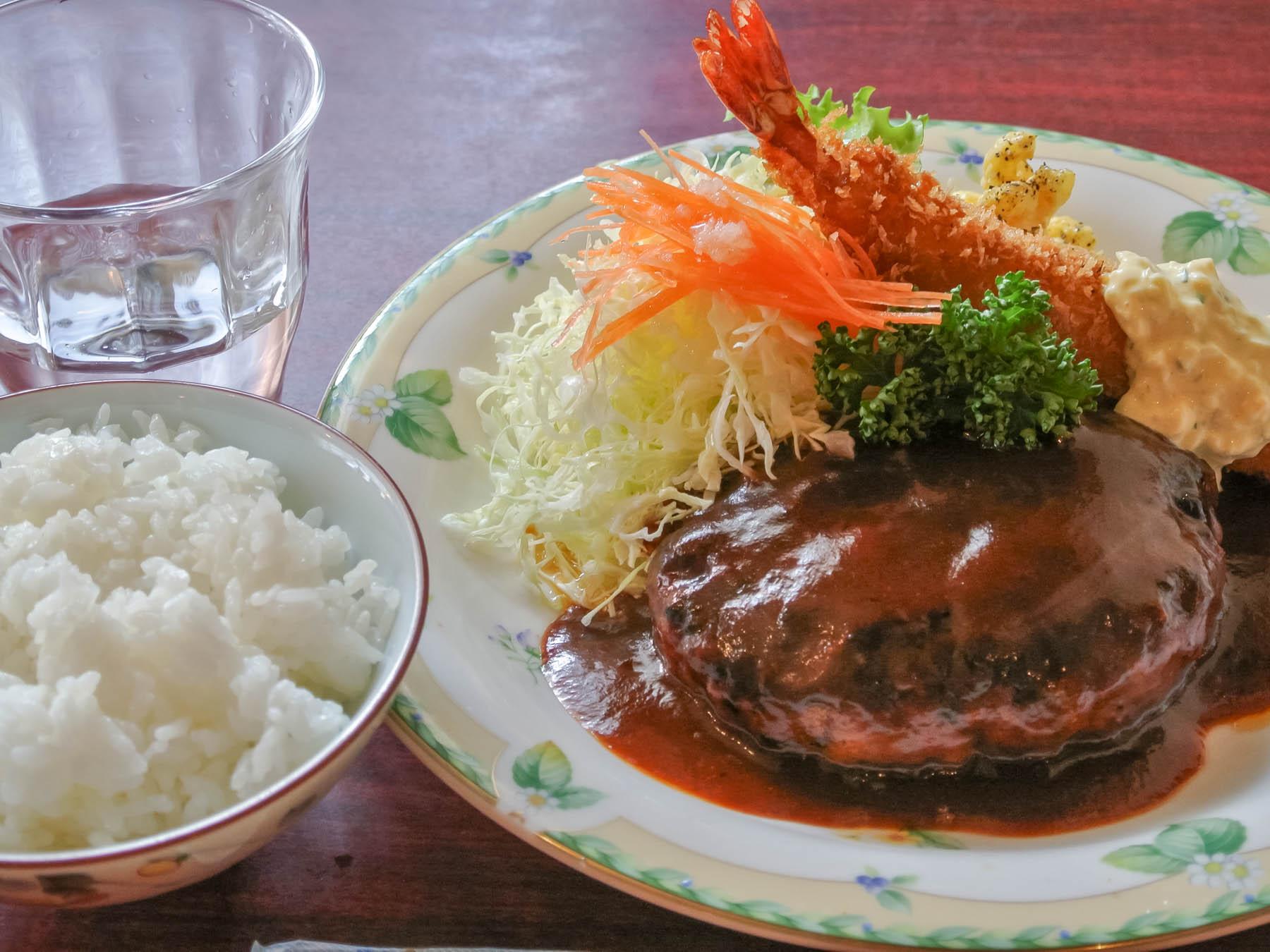 食べログでNo.1…だったこともあるソマリのハンバーグ 撮影:NIKON1 V1 + 1 NIKKOR 10-30mm
