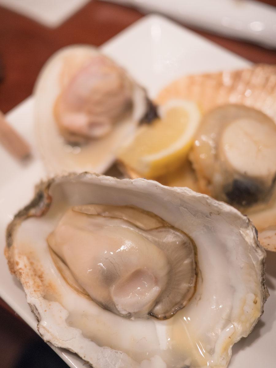 シェルバーきさらぎの貝焼き3種盛り プリプリの牡蠣が美味 DMC-GX8 + LEICA DG 12-60mm