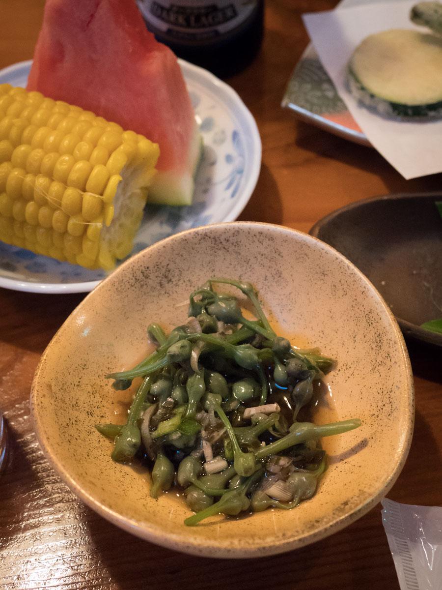 地の山菜「みず」の浅漬け これだけでご飯二膳はいける