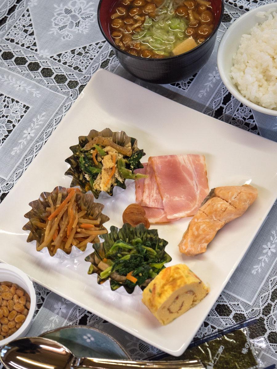 清風荘の朝食 ほぼザッツ・オール