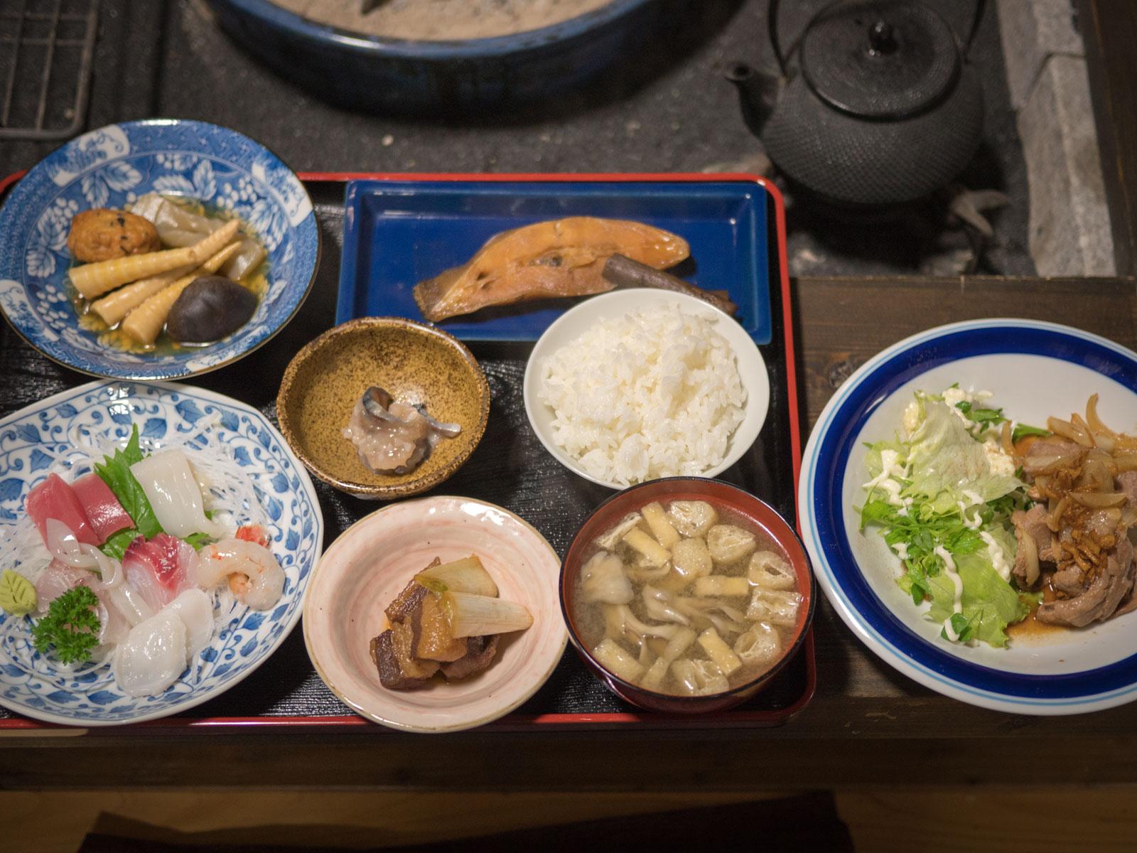 民宿十三夜 2017年10月22日の夕食