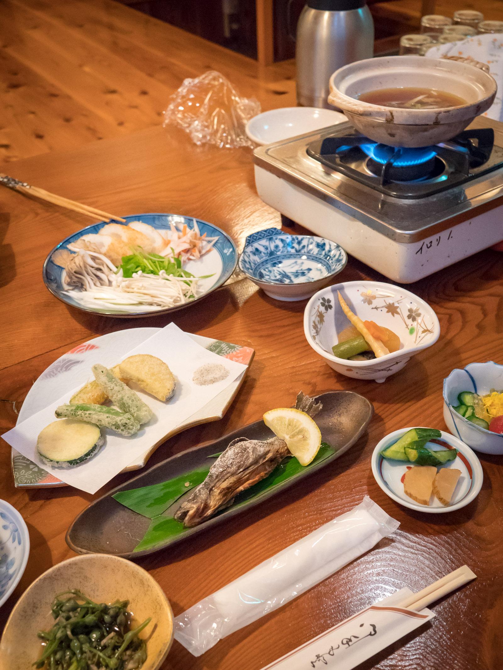 秋田県ゆぽぽ山荘の夕食