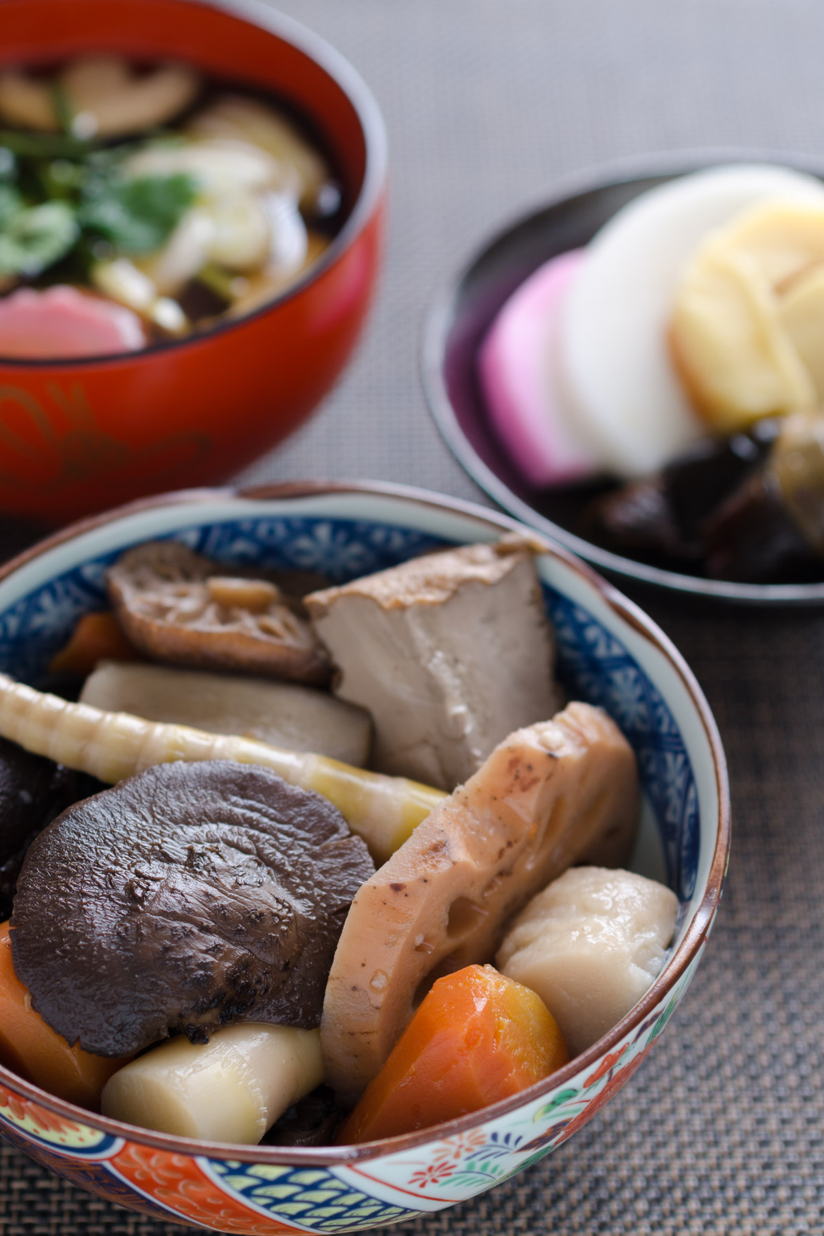 自家製の煮染め これもまた揺るぎなき正月の定番 NIKON D7000 + SIGAMA 50mm