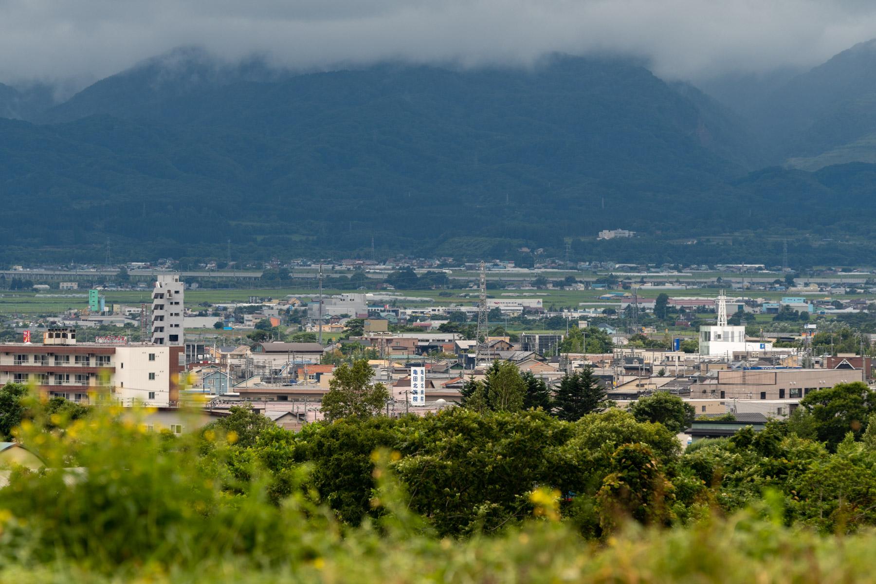 亀田中野の丘から大野方向を望む