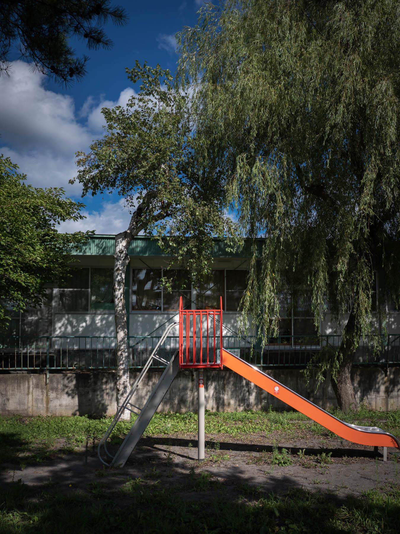 保育園に隣接する小公園