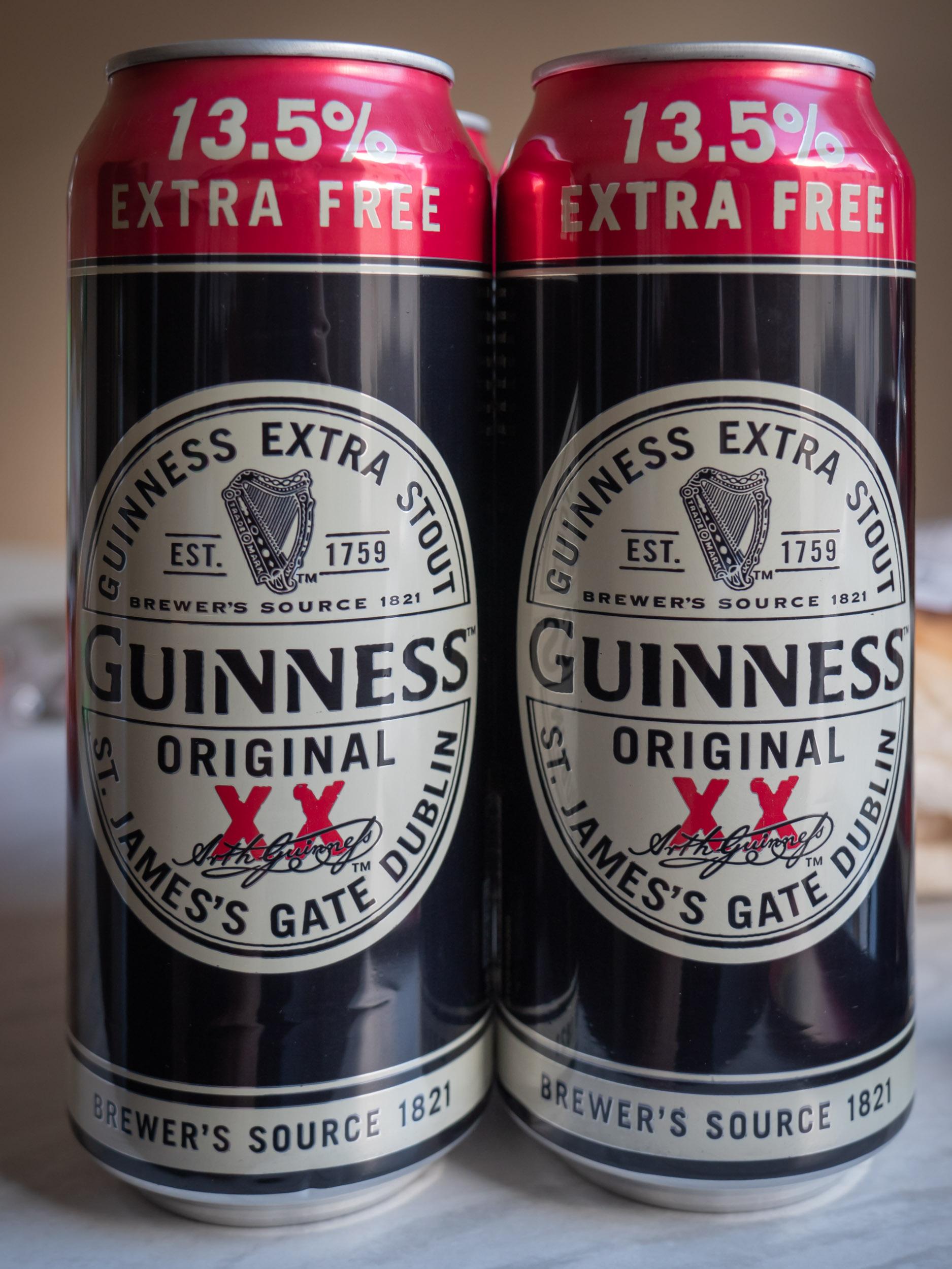 Shopriteで買ったギネスビール500ml4缶パック5£(約750円)税込 DMC-GX8 + LEICA DG 12-60mm