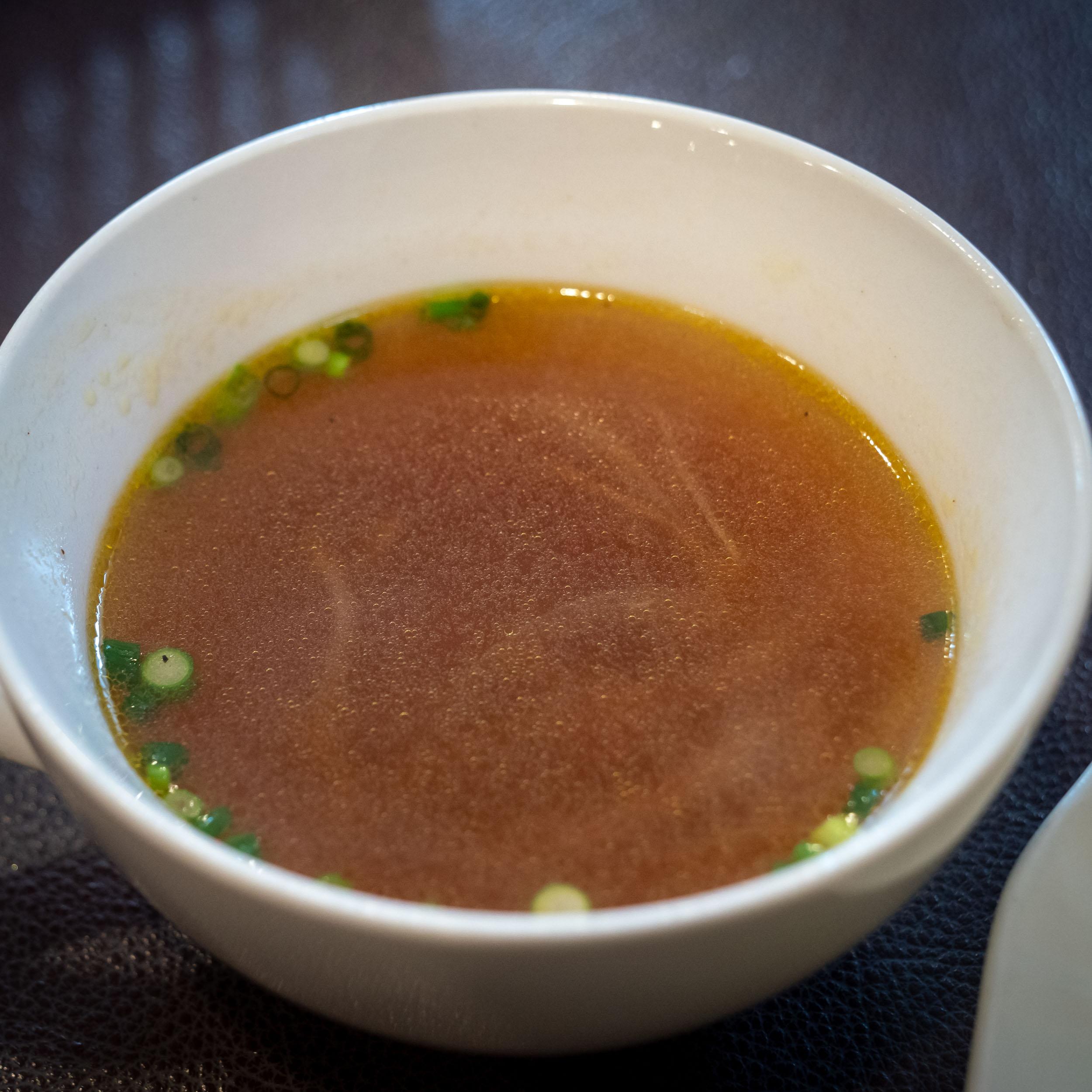 「レストラン MURA」ハンバーグにセットのスープ DMC-GX8 + LEICA DG 12-60mm